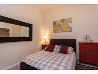Bedroom, bright large window, king size bed, satellite 42'' TV, wifi, plenty of storage,high ceiling