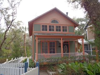 Peachtree House In Steinhatchee Landing Resort