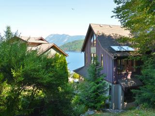 Spectacular ocean and mountain views, Sechelt
