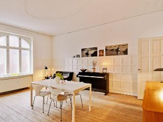 Charming Copenhagen apartment with central location, Kopenhagen