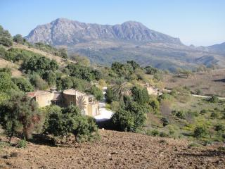Fantastic Property with Private Pool and Great Views, Gaucín