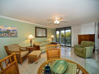 One Bedroom Suite/Oceanside Lahaina Shores Beach Hotel Resort