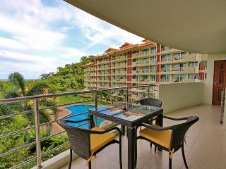 3 bedroom / 2 bathroom condo in searidge, Hua Hin