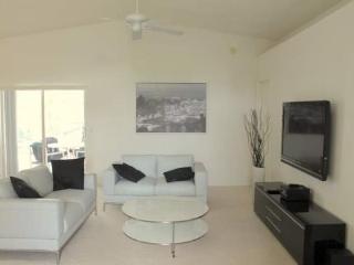 3 Bedrooms 2 Bath In Windward Cay In Kissimmee. 4707WWD