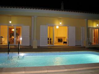 Villa to rent Algarve with private swimming pool, Algoz