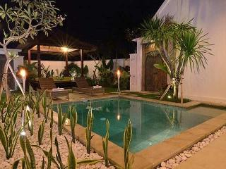 Villa Sapa Sanur  - private two-bedroom spacious Villa with pool