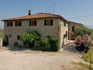 Vacation house with Apartment Rental near Florence, Quarrata