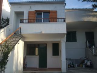 "Supetar, Croatia, apartment ""RICARDO"", Solin"