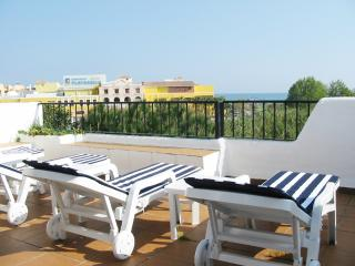 4-BR beach Casa Leon Urb Sun Beach New Golden Mile, Estepona