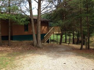1st Choice Cabin - White Tail - Hocking Hills Ohio