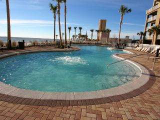 2BR/2BA Great City & Beach Views, Panama City Beach