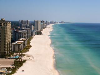 Breathtaking Views from 17th Floor Unit at Grand Panama