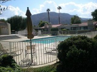 Fully Equipped 3 BR-2 pools-2 tennis courts, Palm Desert