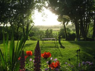 Folly Studio Bed and Breakfast, Bungay