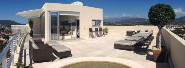 Great roof top with panoramic views.