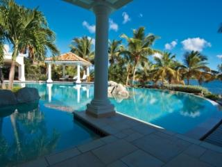 Elegant 6 Bedroom Villa with Private Pool in Terres Basses, St. Maarten-St. Martin