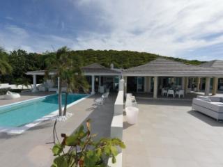 Prime 1 Bedroom Villa in Terres Basses, St. Maarten