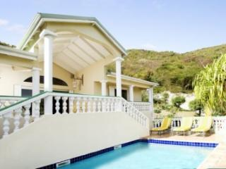 Brilliant 3 Bedroom Hillside Villa overlooking Orient Bay
