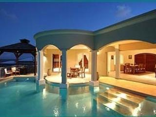 Gorgeous 4 Bedroom Villa with Private Pool in Dawn Beach, Philipsburg