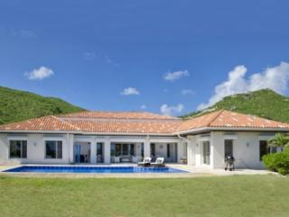 Wonderful 5 Bedroom Villa with Private Pool in Guana Bay, St. Maarten/St. Martin
