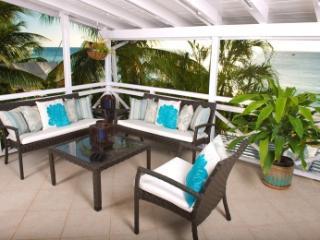 2 Bedroom Beachfront Villa on Paynes Bay Beach