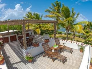 Elegant 3 Bedroom Villa and Cottage in Forest Bay, Anguila