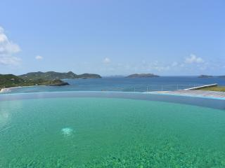 3 Bedroom Villa with private Pool & Jacuzzi in Lorient, St. Barthelemy