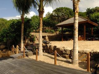 Contemporary 4 Bedroom Villa with Private Dock in Marigot