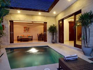 Sanur - Private Villa with pool- couples romantic retreat - Villa Sapa