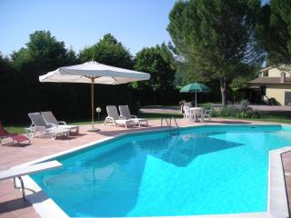 Poggetto Country Apartments, Todi (1 bed sleeps 2)