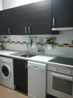 horno, lavavajillas y vitroceramica todo nuevo