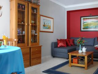 living / dining room with sofa/bed easy to open. Equip with clever storage room for bed linen.