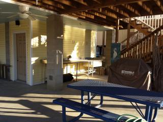 patio under deck