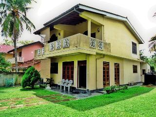 02 B/R apartment: 01 Min walk to the Weligama Beach