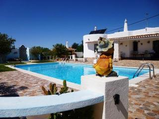 Central Algarve-Villa with private pool, Armação de Pêra