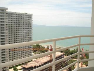 View Talay 5C Condo - Top Floor Sea View Studio