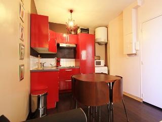 Berthinois: Amazing flat for 4 in Montmartre, Parijs