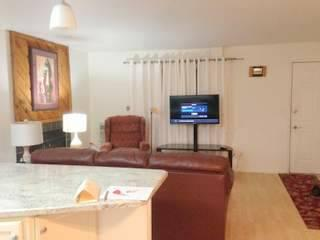 2 Bedroom 2 Bath Furnished Boulder CO Condo