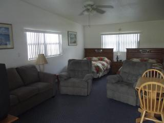 Lakefront condo on Lake Clay--Lake Placid, Florida