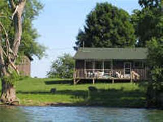 Harinui Farm Cottages - Romanov, Waupoos