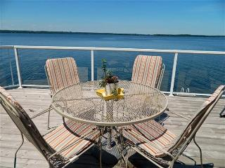 Prince Edward County Sandbanks Getaway