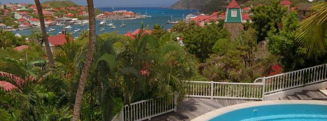 1 Bedroom Villa with Private Garden & Pool in Gustavia