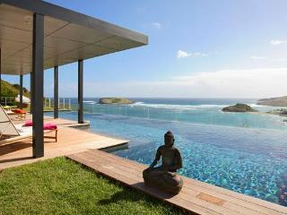 Stunning 4 Bedroom Villa with large Infinity Pool in Montjean, Marigot