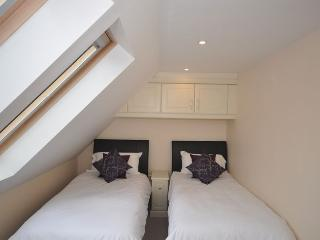 SAILA Cottage situated in Charmouth