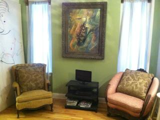 2BR Vacation Rental sleep 4 Nr Central Pk Columbia