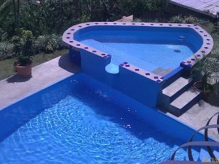 Apartment #1   3  bedroom   20 min from San Jose airport