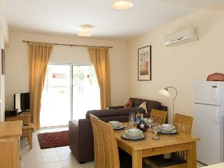 Kira Apartment - 85310, Paralimni