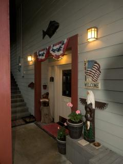 Black Bear Inn Enterance