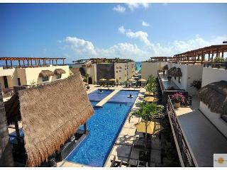 Luxury Studio +Private Pool +WIFI included great speed +Steps from Beach +5th, Playa del Carmen