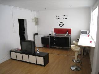 Nice apartment next Parc Guell, Barcellona